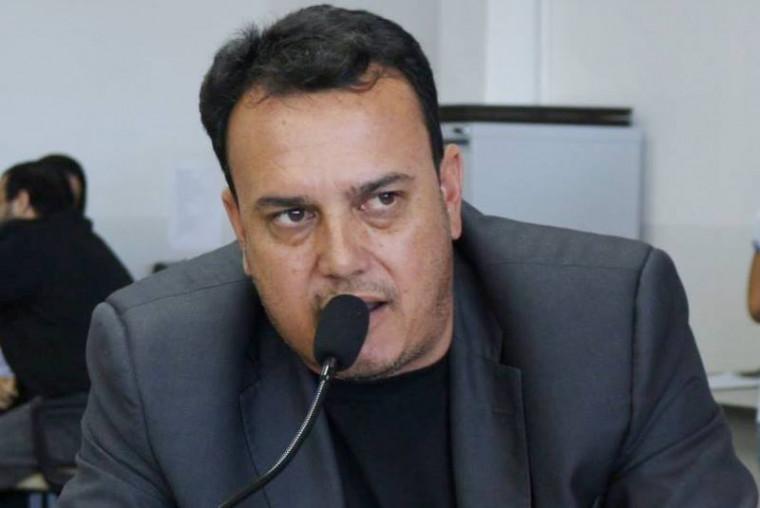 Wendel Gomides sofre ação de improbidade administrativa. Vereador explica situação