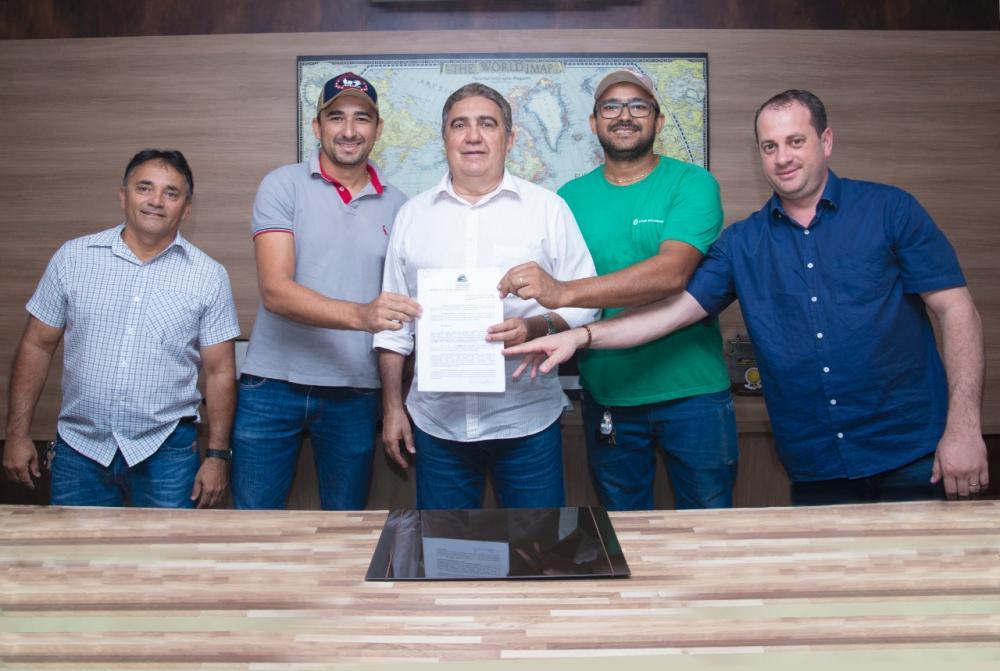 Prefeitura de Gurupi doa Área para ampliação de empresa de reciclagem