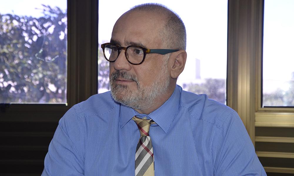 O secretário de Estado da Saúde, Dr. Edgar Tolini, afirmou nesta quinta-feira, 2, que o Tocantins atende às exigências do Ministério da Saúde e vem fazendo investimentos para aquisição de testes e Equipamentos de Proteção Individual (EPIs)