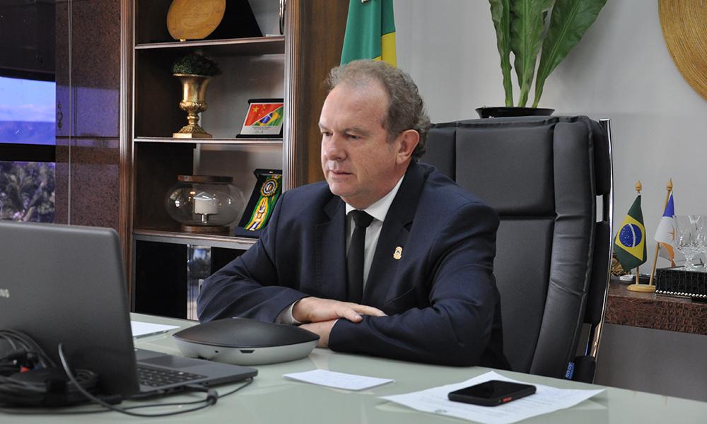 Governador Carlesse prorroga suspensão das aulas e jornada reduzida dos servidores até 29 de maio