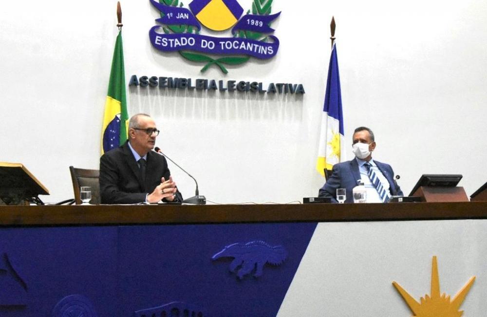 Secretário da Saúde esclarece a deputados sobre máquina de radioterapia